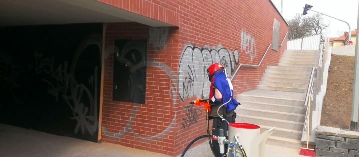odstranění graffiti1